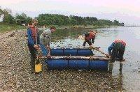 Bygning af en simple tømmerflåde